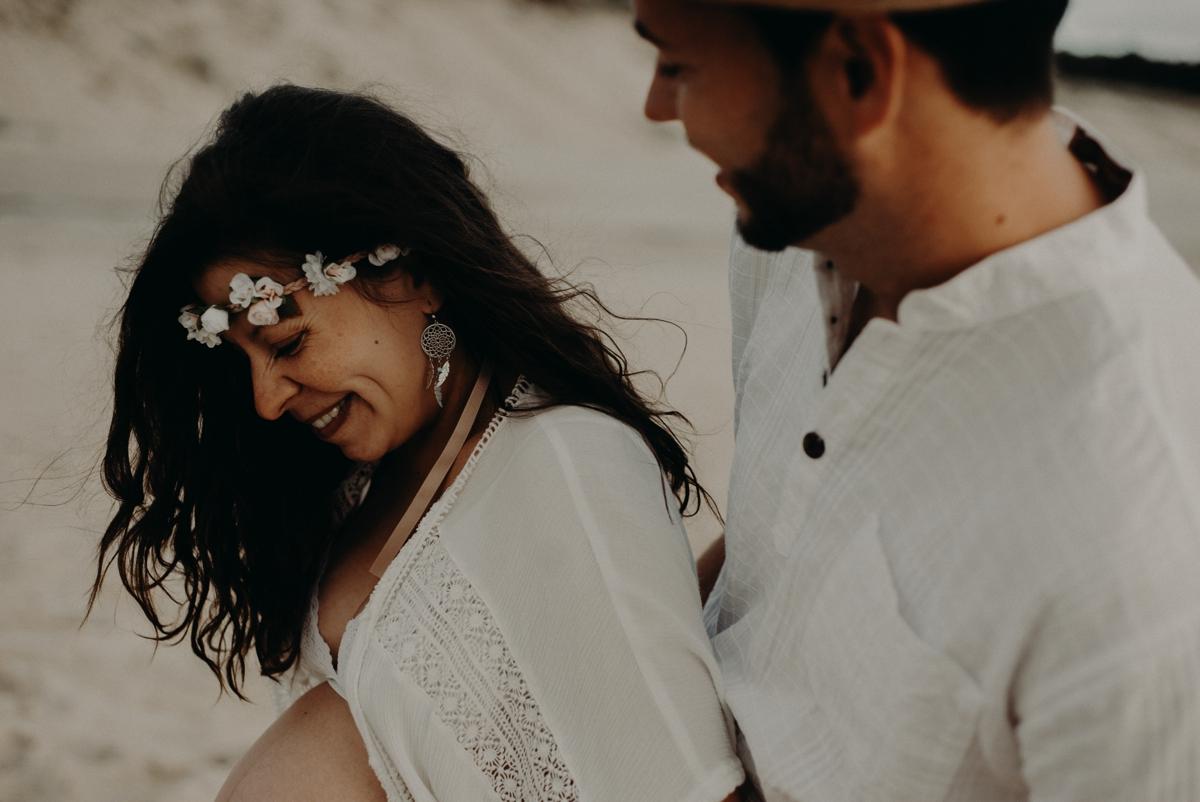 Photographe seance grossesse couple bordeaux bassin d'arcachon