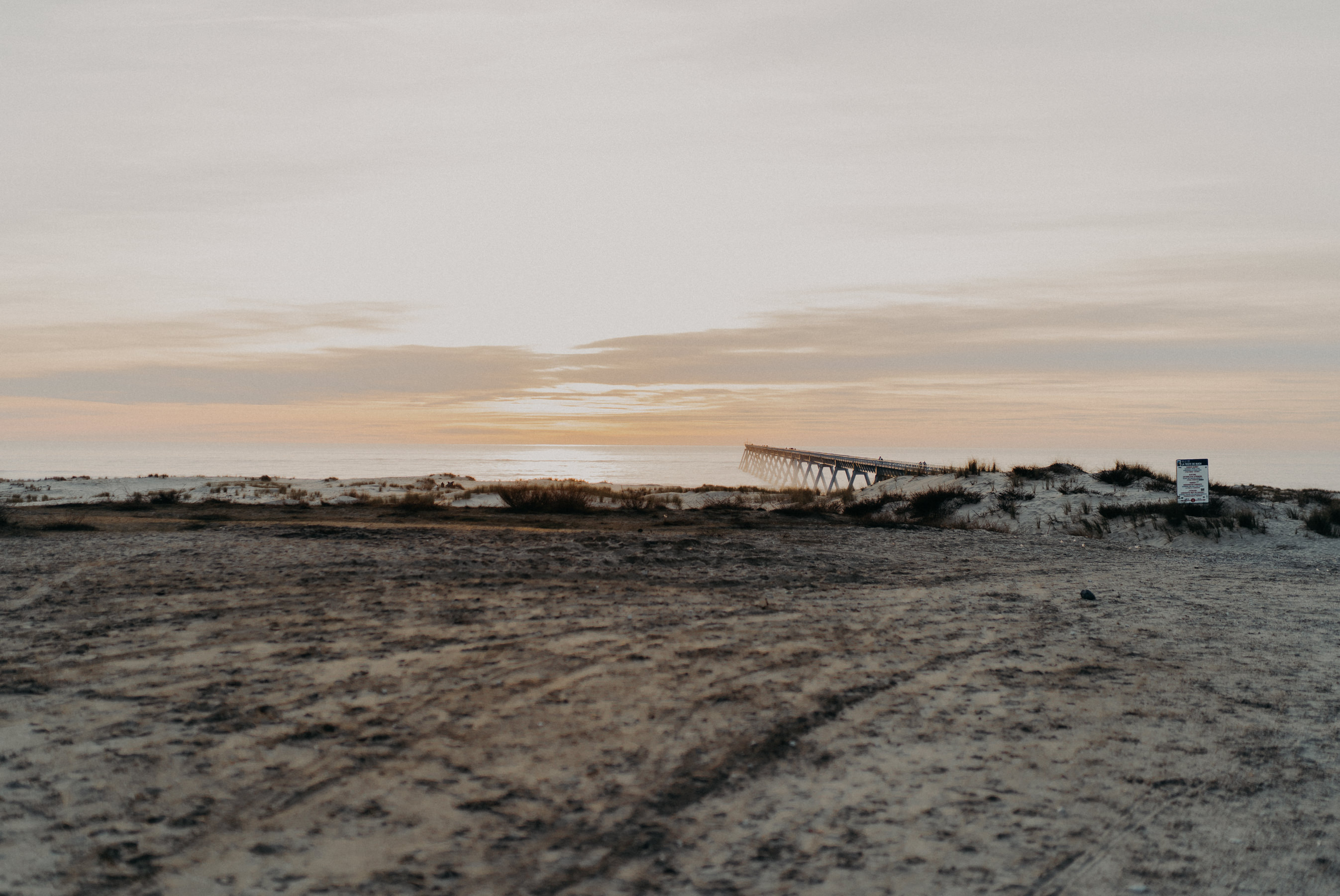 Photographe seance couple plage bassin